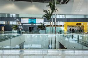 Modern+Midia+-+Aeroporto+%28Div+-+Kelly+Fuzaro%29.jpg