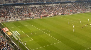 A pedido da Globo e da PM, FPF altera jogos do domingo