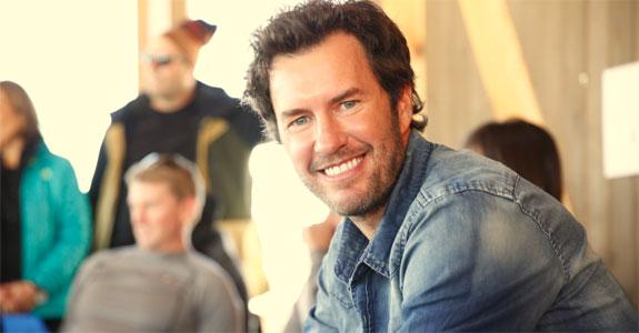 Blake Mycoskie é homenageado com Lion Heart em Cannes