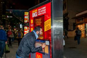 McDonalds - GRITO - BAIXA - 004
