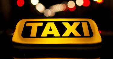 Avanço tecnológico, carros autômatos e o desafio dos taxistas