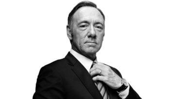 Netflix suspende produção de House of Cards após acusações de assédio