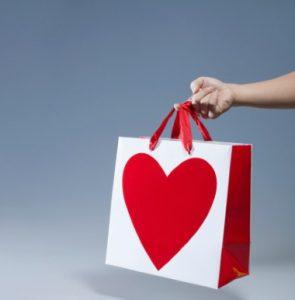 shopping-bag-with-heart-shape-symbol-close
