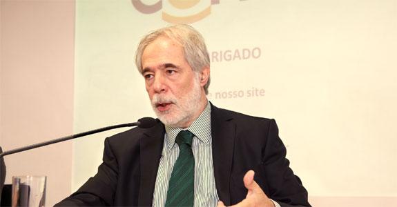 Gilberto Leifert fica na Globo até o fim de junho