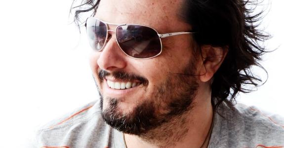 Shinjitsu Filmes apresenta diretor de cena