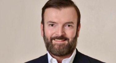 Schneider Electric nomeia vice-presidente e CFO