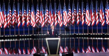 Má notícia: a vida real (e política) não está na sua timeline