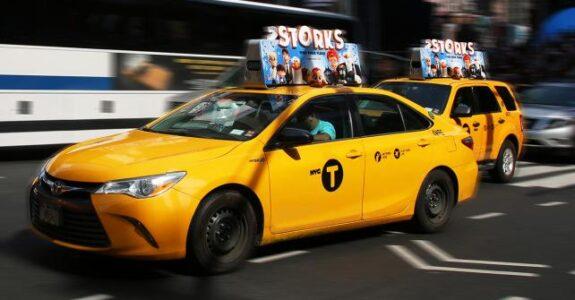 Táxis de NY ganham nova forma de entretenimento