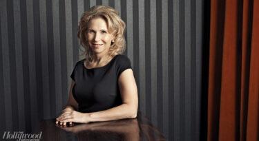 Mulheres invadem comando de grandes companhias em Hollywood.