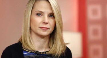 Yahoo! se divide em duas companhias. Marissa continua no cargo.
