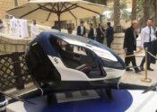 Você chama um taxi, chega um drone que voa, sem motorista. Você entra?