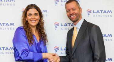 Latam Airlines faz alterações no comando