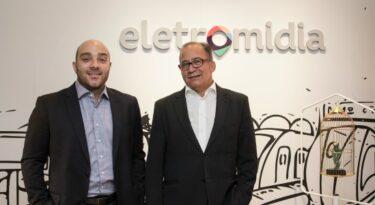 Eletromidia promove na área comercial