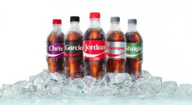 Coca-Cola coloca sobrenomes nas embalagens