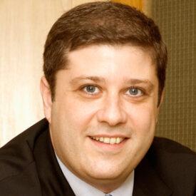 Luis Fichman