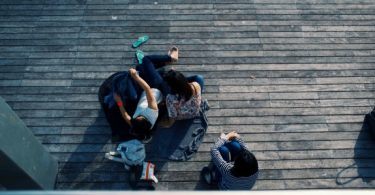 Baleia Azul e 13 Reasons Why: a importância dos influenciadores