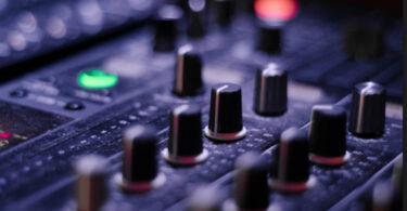 Explorando o uso criativo do som nas artes e mídias