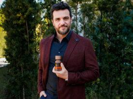 Rodrigo Lombardi apresenta lançamento da Eudora