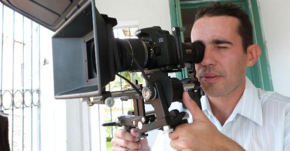 """Brasileiro cria a """"Netflix"""" dos filmes nacionais"""
