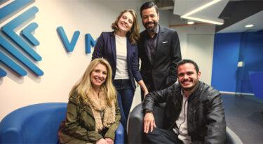 VML reformula liderança de mídia