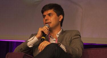 Magazine Luiza se transforma em plataforma de marketplace e inteligência artificial