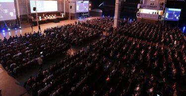 Começa em Floripa o RD Summit: 8 mil participantes. Wow!