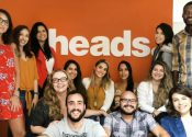 Heads contrata 13 para reforçar equipe