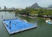 Asics leva quadra de tênis flutuante à Lagoa, no Rio