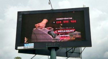 "Netflix coloca ""corruptômetro"" em via de Brasília"