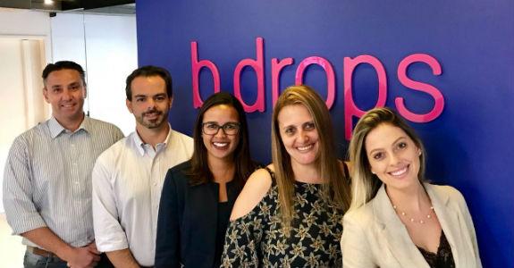 B.Drops apresenta executivas de negócios para comercial