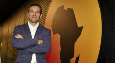 Africa contrata José Boralli