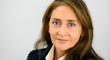 Claudia Rondon é reeleita na Abracom