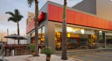 Agência conceito do Santander ganha cafeteria Havanna