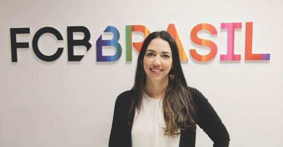 FCB Brasil promove diretora de contas
