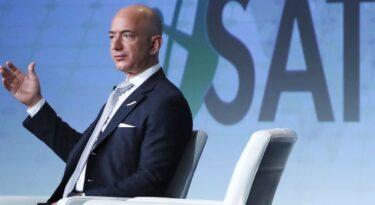 Com saída de Bezos, Amazon revisa valores corporativos