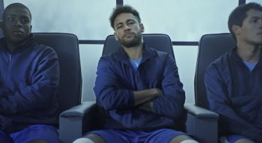 Neymar Jr. no banco lidera visualizações no YouTube