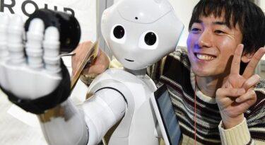 Todos contra os robôs! Mas e se eles forem seus consumidores?