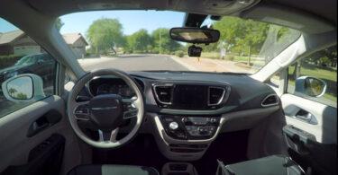 Google lança serviço de carro autônomo em dezembro