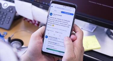 Folha oferece assinatura digital grátis para professores