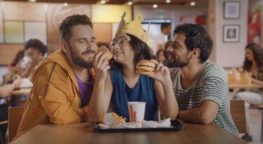 Burger King quer promover debate sobre poliamor
