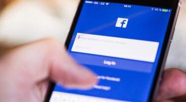 Facebook e Twitter removem contas ligadas ao Irã