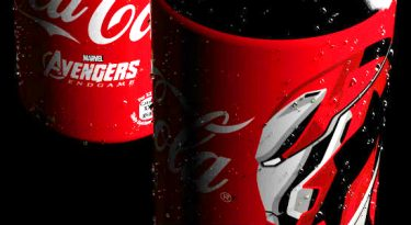 Marvel e Coca-Cola renovam parceria histórica de cobranding