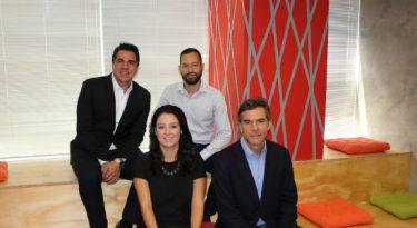Eletromidia admite executivos comerciais