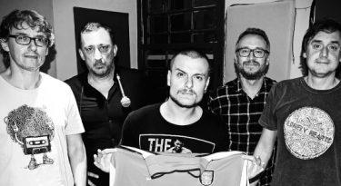 Barry Company produz podcast sobre futebol e rock