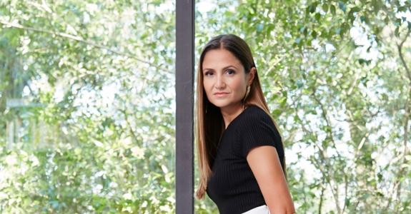 Harper's Bazaar anuncia diretora de PR e novos negócios