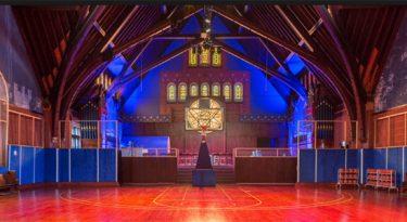 Igreja transformada em quadra de basquete e outras ideias de Craft