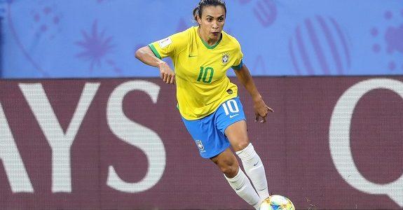 Marta: dois gols e duas ações publicitárias