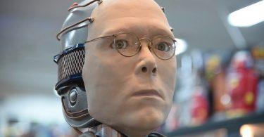"""""""Nasci para ser um robô"""""""