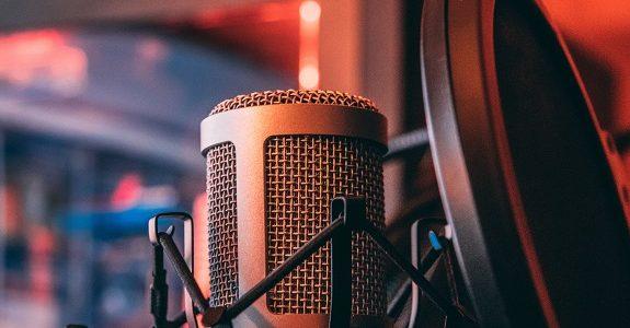 Cresce a relevância de podcasts na estratégia da Globo