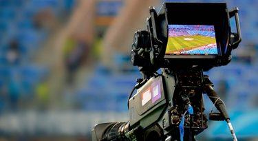 """Senado aprova """"lei do mandante"""" para as transmissões de futebol"""